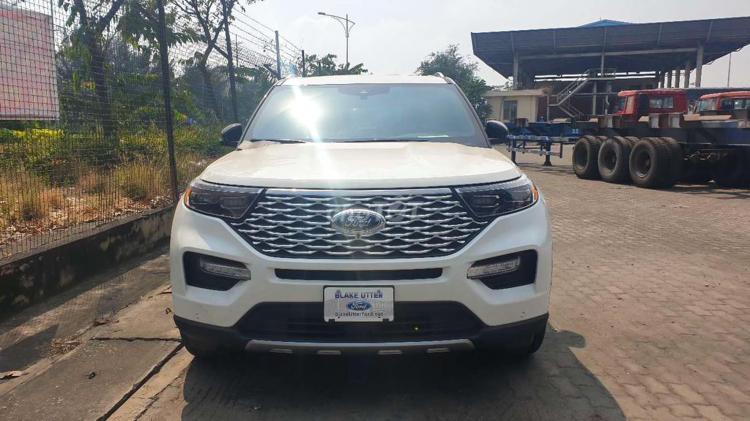 Ford Explorer Platinum 2020 về Việt Nam, giá tới 4,4 tỷ