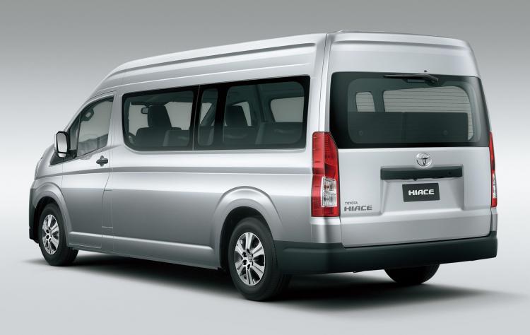 Toyota Hiace mới rò rỉ giá bán từ 1,176 tỷ đồng tại Việt Nam