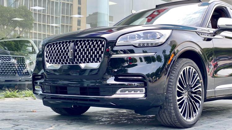 Cận cảnh Lincoln Aviator: SUV hạng sang cỡ trung của Mỹ có giá lăn bánh khoảng 5 tỷ tại Việt Nam