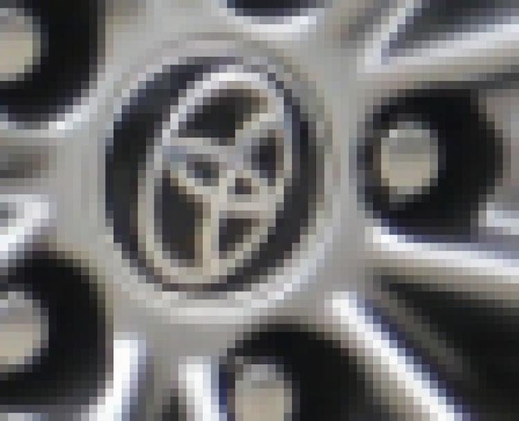 Cận cảnh Toyota Highlander Platinum 2021 giá hơn 4 tỷ tại Việt Nam với động cơ 3.5 V6