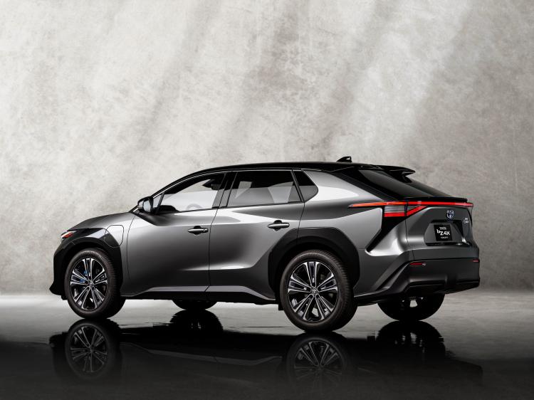 Toyota-bZ4X-Concept-5.jpg