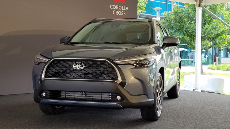 2022-Toyota-Corolla-Cross-5-Copy.jpg