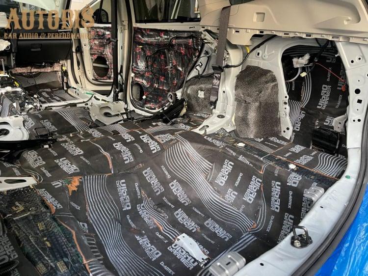 Cách âm cho xe Subaru Forester với vật liệu cao cấp - Made In Russia