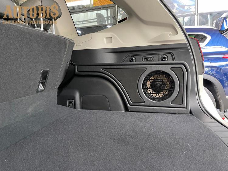 Cách âm cho xe oto Subaru Forester-24.jpg
