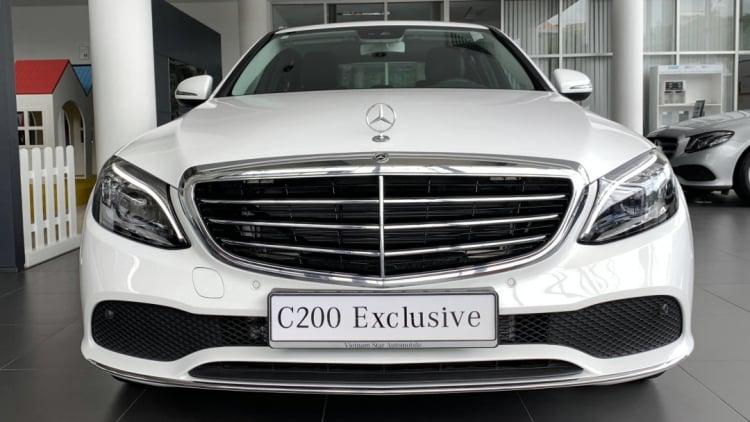 Có nên mua Mercedes C200 Exclusive từ đây đến cho đến Tết 2022 hay chờ bản mới?