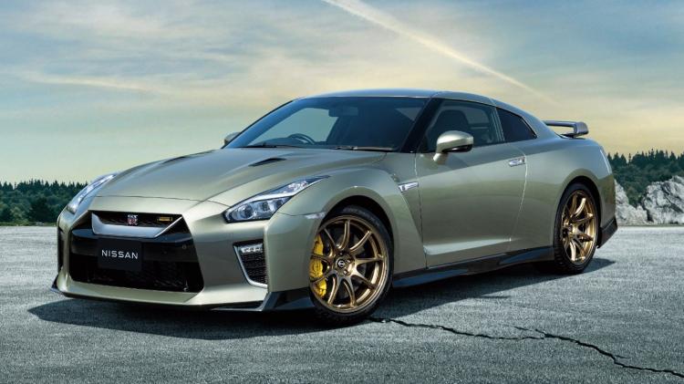 2022-Nissan-GT-R-JDM-6.jpg